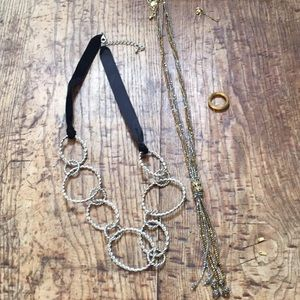 Jewelry - Three pieces - Costume Jewelry